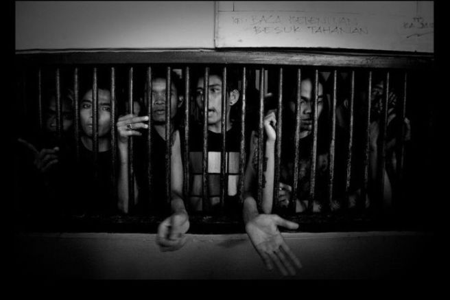 Sixty four punks arrested while attending a gig in Aceh. (Image sourced: http://www.abc.net.au/radionational/programs/360/indonesias-radical-underground-punk-scene/5919506)