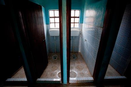 WSH_SanitationFacilityKenya_450x300