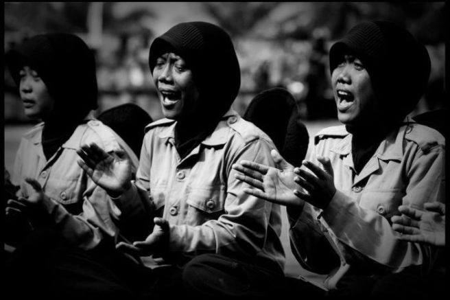Chaideer Mahyuddin 2014, unks being forced to wear military uniforms and sing nationalist songs in the military re-education camp