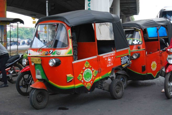 The Bajaj or Tuk-Tuk is a longstanding tradition in Jakarta transportation. Available at