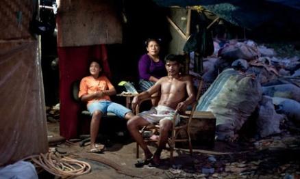 indonesia-rubbish-dump-007