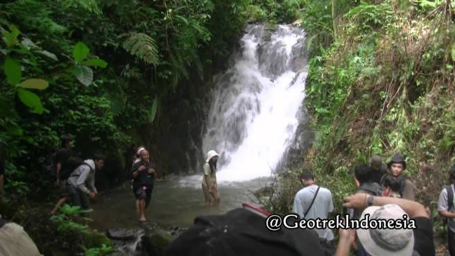 GeoTrek Indonesia - Tour Snapshot from https://www.youtube.com/watch?v=XNGrREqDL1Y