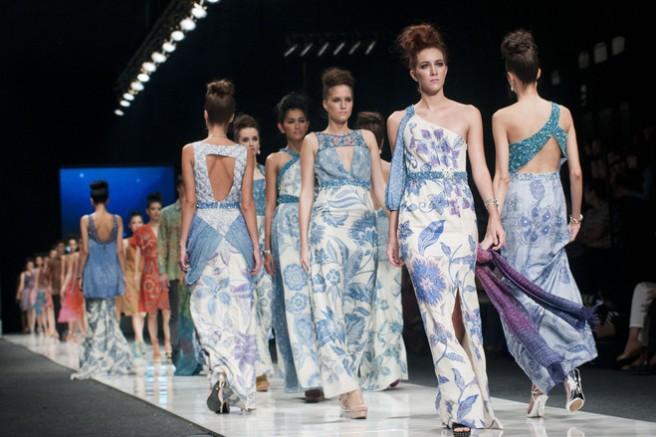 Jakarta Fashion Week 2013, Rony Zakaria 2013