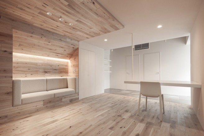 shibuya-apartment-201-202-ogawa-architects-interiors-residential-apartments-holiday-homes-airbnb_dezeen_2364_col_5